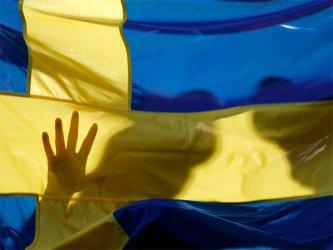 Щуротия: От 1 юли в Швеция ще се прави секс само с подпис и разрешение