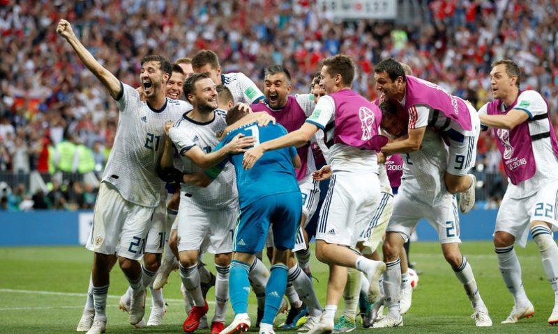 Игор Акинфеев и дузпите пратиха Русия на четвъртфинал на световното