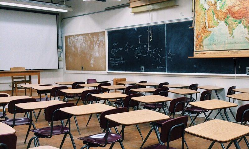 Почти 200 хил. лева отпуска Общинският съвет за училищата с деца, под норматива