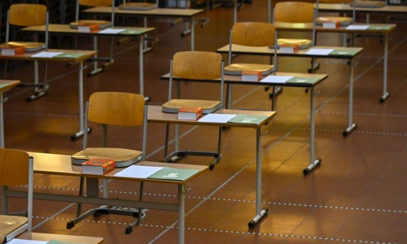 Къде в Европа училищата отварят и къде ще останат затворени тази учебна година