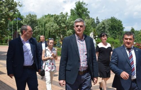 Служебният премиер Стефан Янев на посещение в община Чавдар